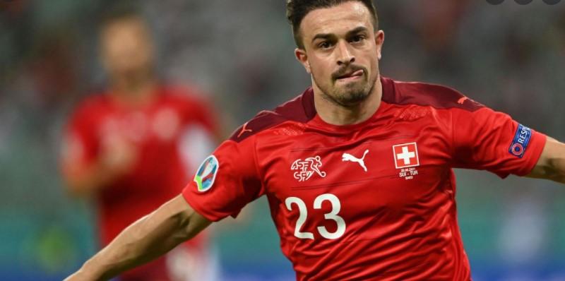 瑞士击败了土耳其以保持他们的最后16强的希望