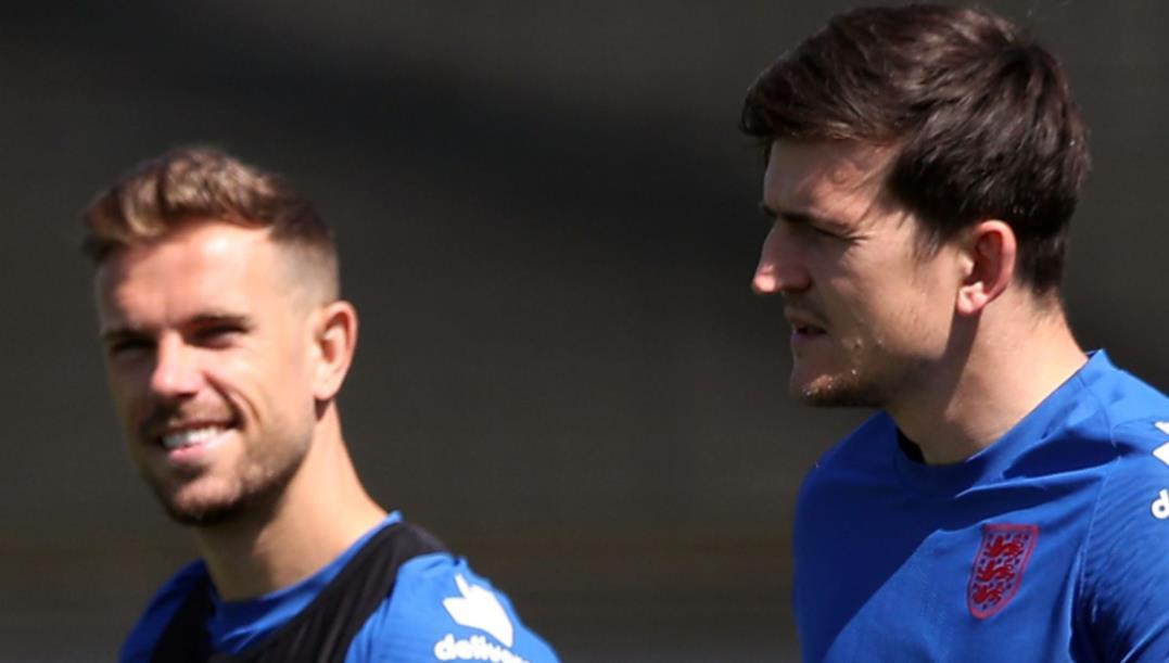 乔丹~亨德森和哈里~马奎尔准备好在英格兰队对阵捷克队