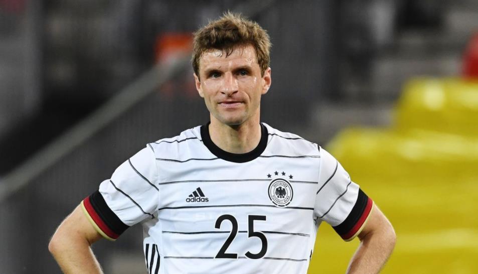 穆勒在德国紧缩比赛前对哈里~凯恩糟糕的英格兰状态敞开心扉