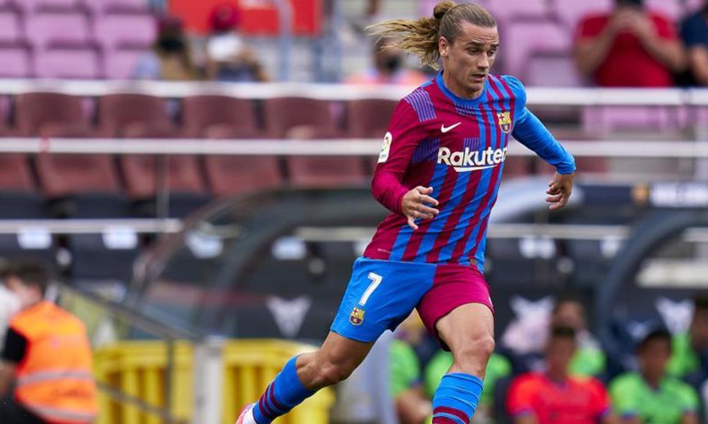 安托万~格里兹曼从巴塞罗那重新加入马德里竞技