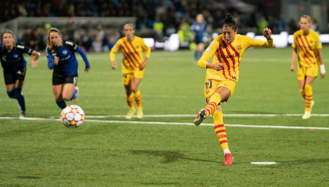 埃尔莫索在巴塞罗那获胜时得分